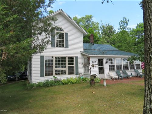 Photo of 63164 W Fish Lake Road, Sturgis, MI 49091 (MLS # 18056996)