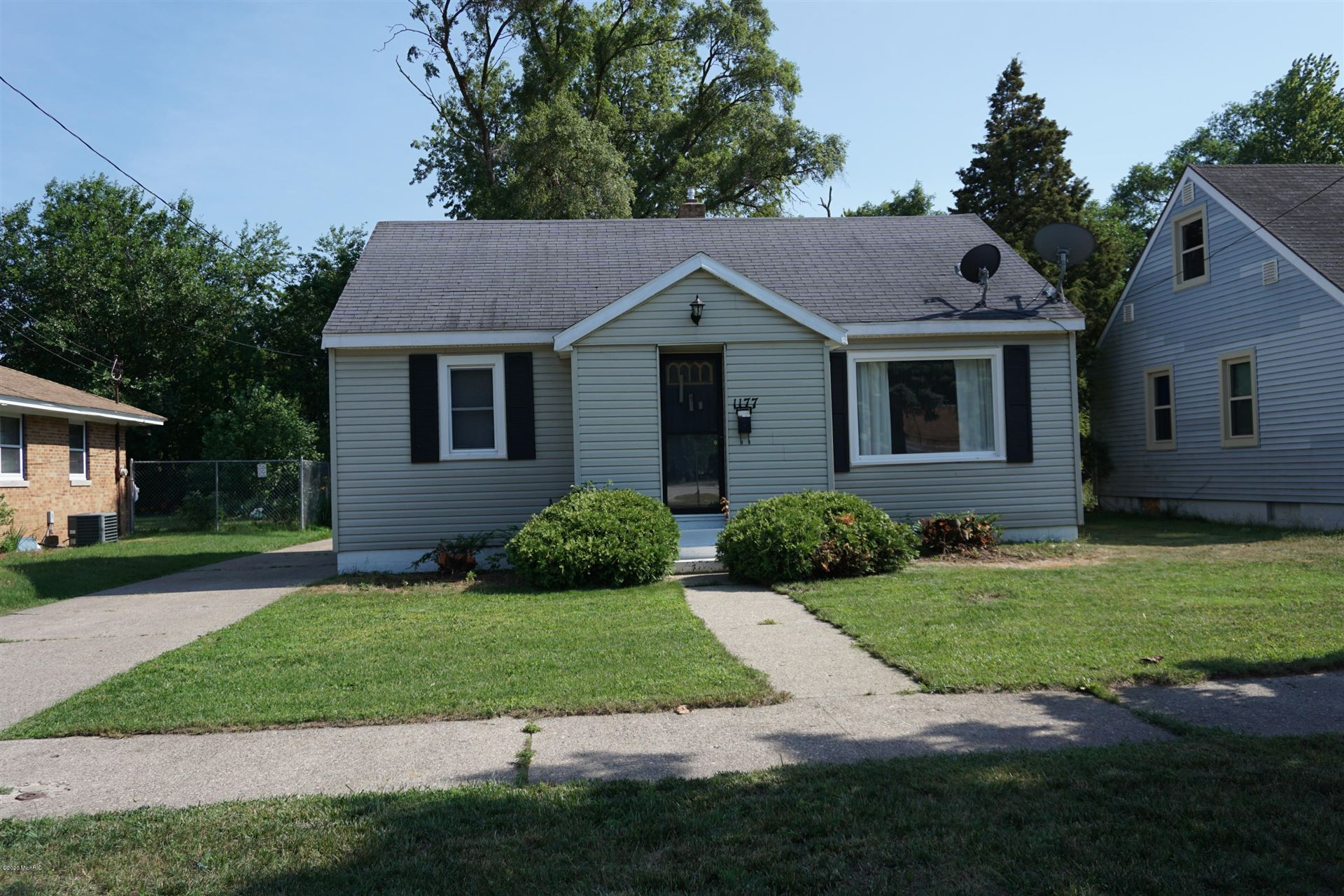 Photo of 1177 Amity Avenue, Muskegon, MI 49442 (MLS # 20024997)