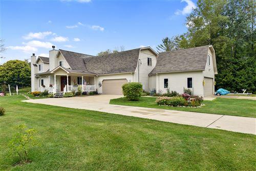 Photo of 7746 5 Lakes Drive Drive, Farwell, MI 48622 (MLS # 20026998)