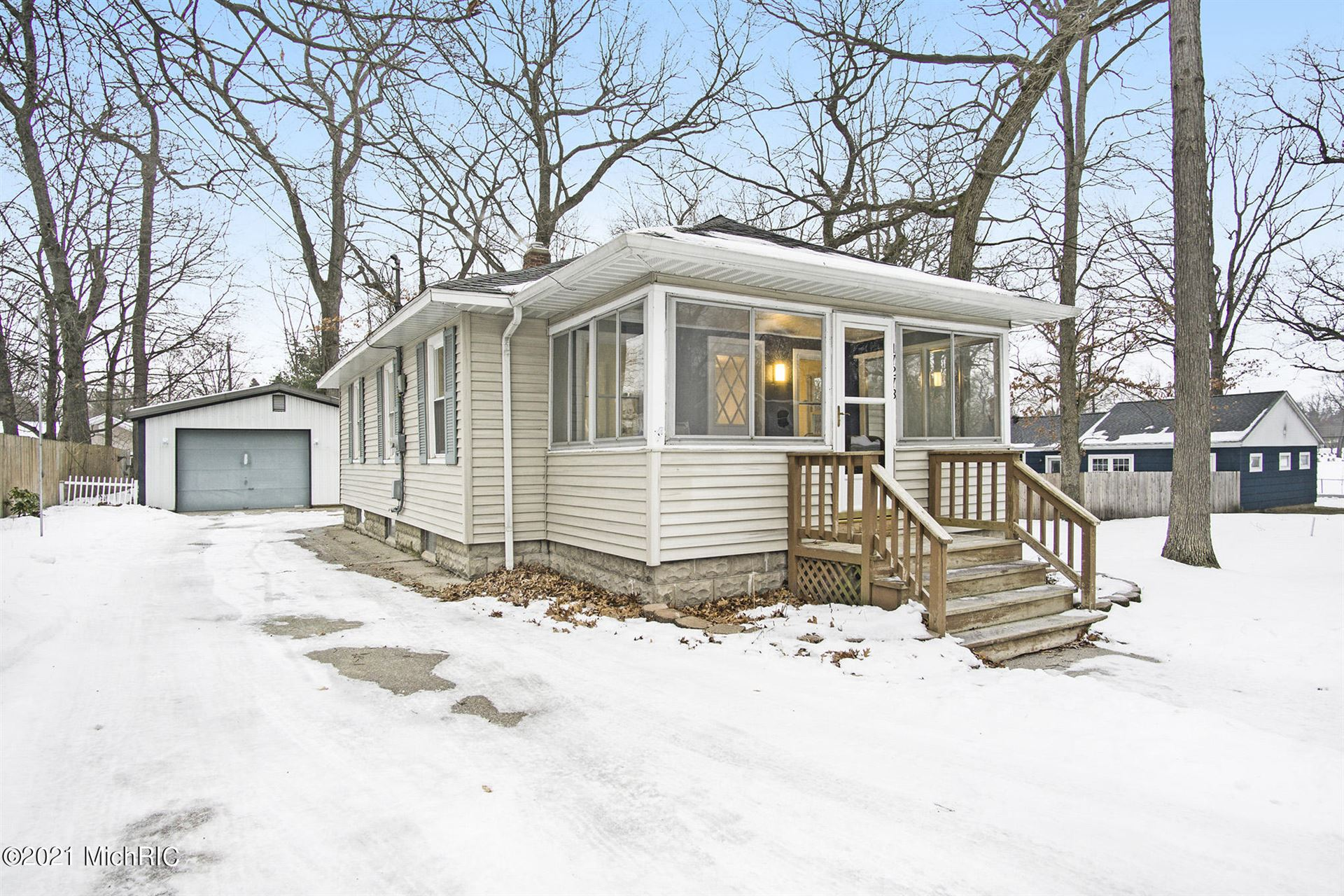 17278 Oak Street, Spring Lake, MI 49456 - MLS#: 21000998
