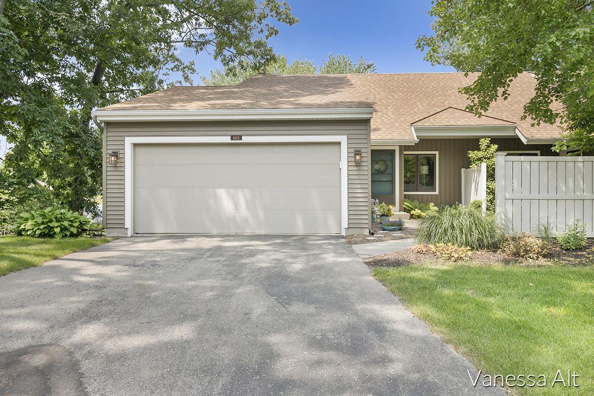 6615 Bella Vista Drive NE, Rockford, MI 49341 - MLS#: 21097998