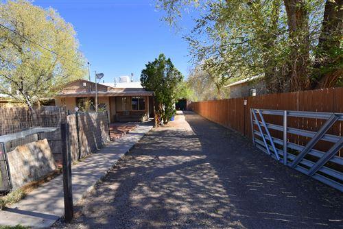 Photo of 1627 MENAUL Boulevard NW, Albuquerque, NM 87107 (MLS # 966000)