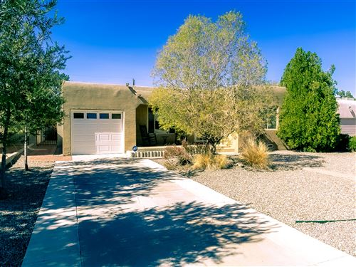 Photo of 309 Manzano Street NE, Albuquerque, NM 87102 (MLS # 981000)
