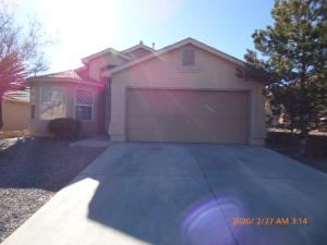 Photo of 2401 SUN GATE Trail SW, Albuquerque, NM 87121 (MLS # 964009)