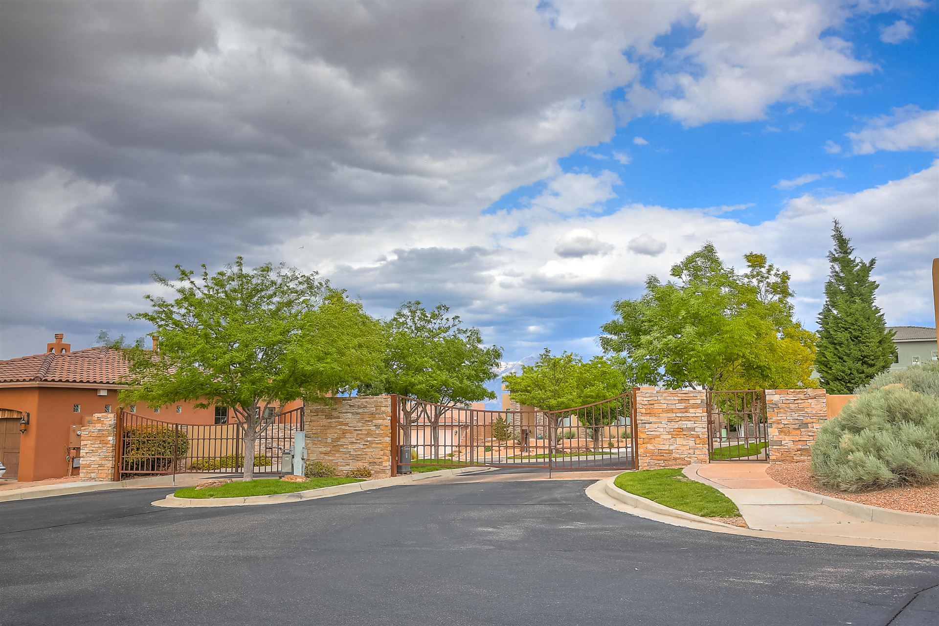 Photo of 3208 Greystone Court SE, Rio Rancho, NM 87124 (MLS # 945012)