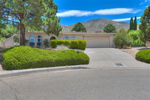Photo of 3100 Palo Alto Drive NE, Albuquerque, NM 87111 (MLS # 972015)