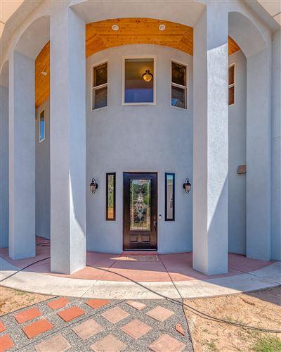 Photo of 520 Camino de Suerte NW, Albuquerque, NM 87114 (MLS # 963016)