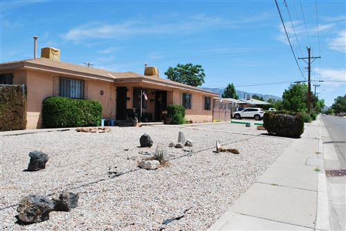 Photo of 444 ARIZONA Street SE, Albuquerque, NM 87108 (MLS # 968019)