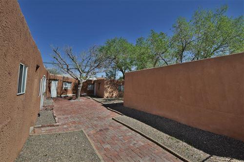 Photo of 408 Pennsylvania Street SE, Albuquerque, NM 87108 (MLS # 990021)