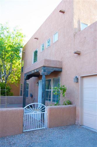 Photo of 1532 LOS JARDINES Place NW, Albuquerque, NM 87104 (MLS # 992022)