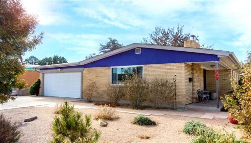 Photo of 725 TRUMAN Street NE, Albuquerque, NM 87110 (MLS # 981024)