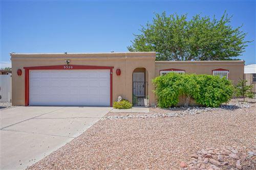 Photo of 9320 TASCO Drive NE, Albuquerque, NM 87111 (MLS # 992037)