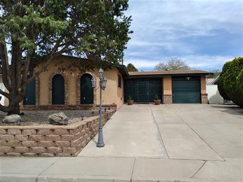 Photo of 1812 ZENA LONA Court NE, Albuquerque, NM 87112 (MLS # 991038)