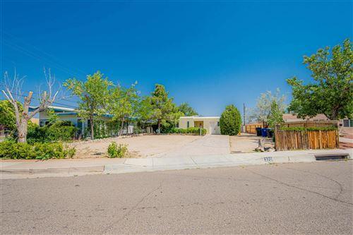 Photo of 3701 PALO DURO Avenue NE, Albuquerque, NM 87110 (MLS # 995038)