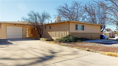 Photo of 9702 MCKNIGHT Avenue NE, Albuquerque, NM 87112 (MLS # 983039)