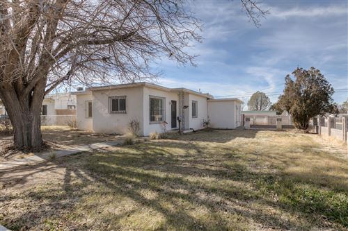 Photo of 2845 MONROE Street NE, Albuquerque, NM 87110 (MLS # 961040)