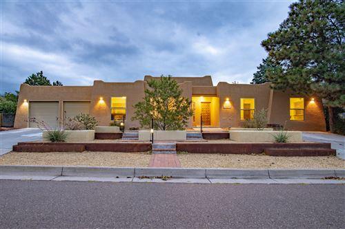 Photo of 4916 Camino De Monte NE, Albuquerque, NM 87111 (MLS # 977044)