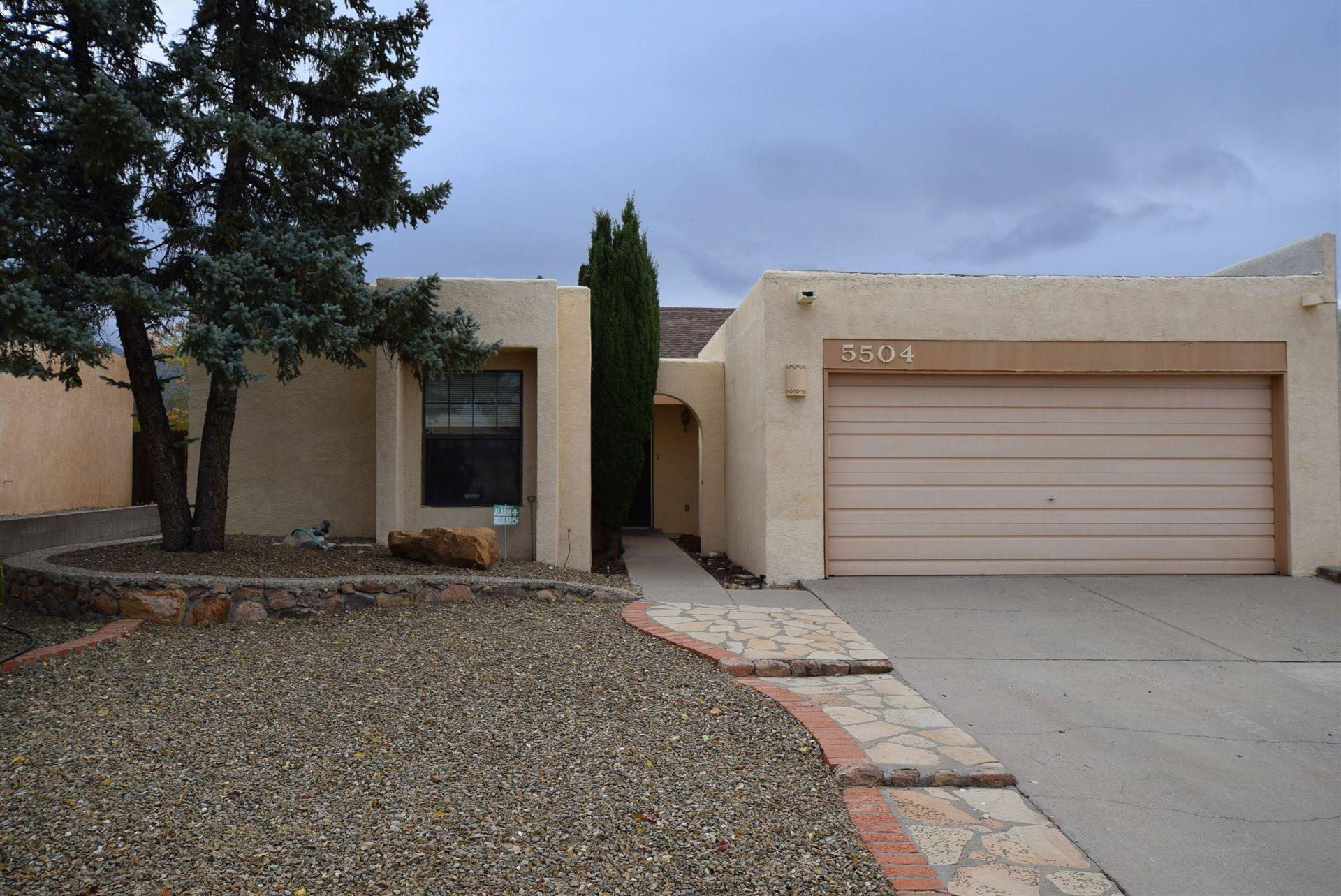 Photo of 5504 AMISTAD Road NE, Albuquerque, NM 87111 (MLS # 980047)