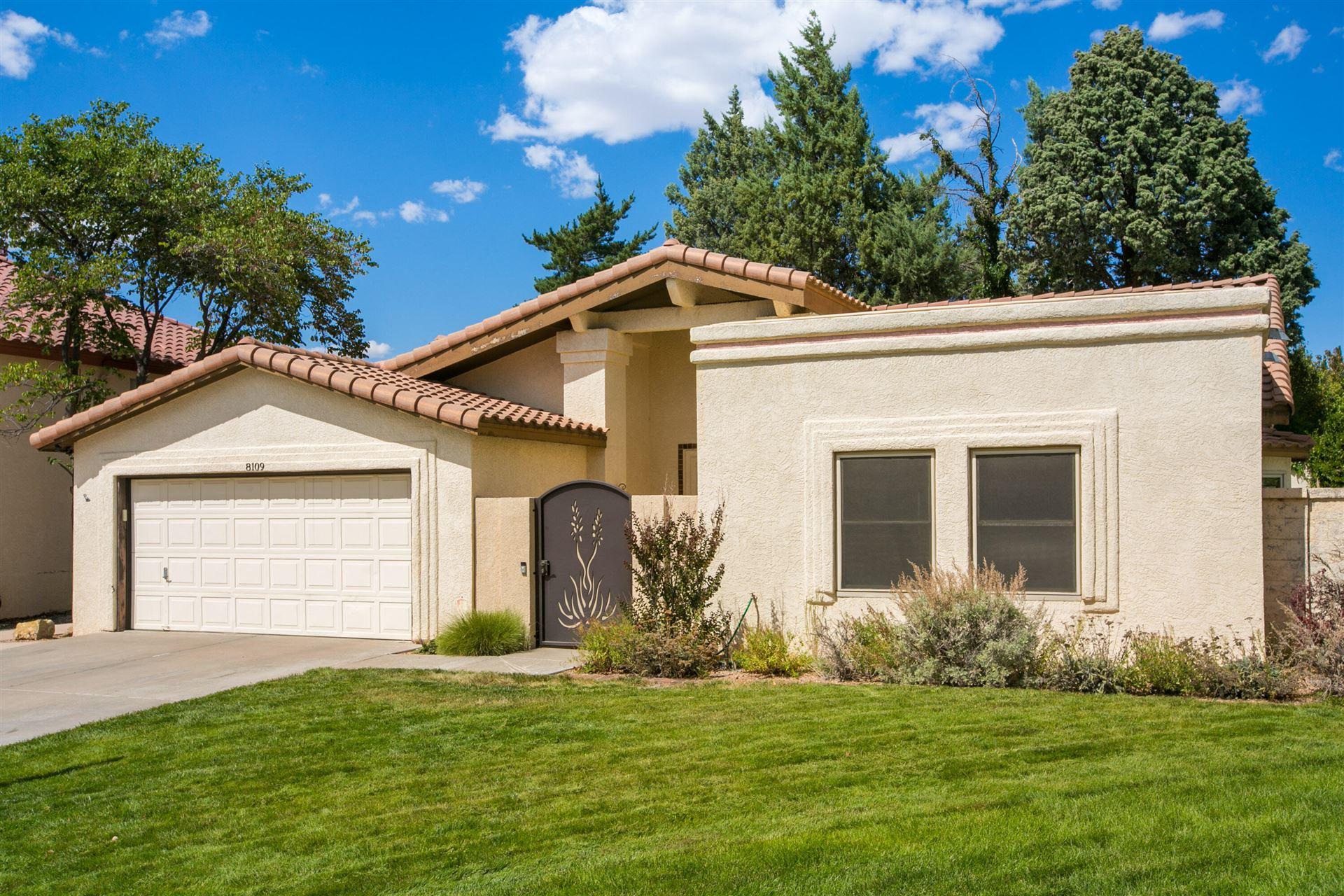 Photo of 8109 MORRIS RIPPEL Place NE, Albuquerque, NM 87122 (MLS # 1001049)