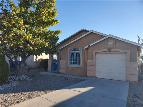 Photo of 412 MORNING DEW Street SW, Albuquerque, NM 87121 (MLS # 1003051)