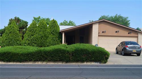 Photo of 6221 TRUCHAS Drive NE, Albuquerque, NM 87109 (MLS # 997051)