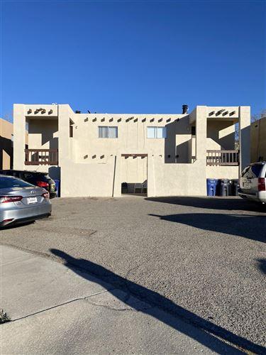 Photo of 304 DUNES Place SE, Albuquerque, NM 87123 (MLS # 981059)