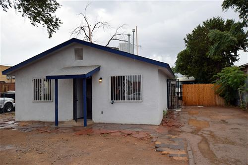 Photo of 536 VERMONT Street NE, Albuquerque, NM 87108 (MLS # 995059)
