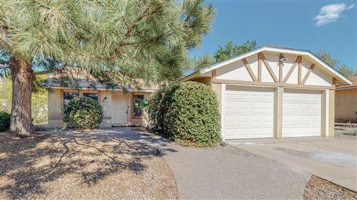 Photo of 5220 OVERLOOK Drive NE, Albuquerque, NM 87111 (MLS # 991060)