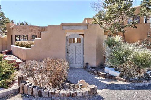 Photo of 1203 MARIGOLD Drive NE, Albuquerque, NM 87122 (MLS # 964061)