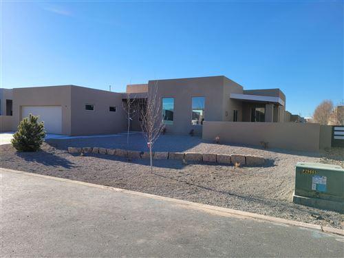 Photo of 902 Paseo los Coyotes, Bernalillo, NM 87004 (MLS # 984063)