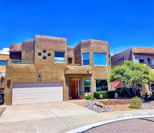 Photo of 5327 MONTANO PLAZA Drive NW, Albuquerque, NM 87120 (MLS # 982073)