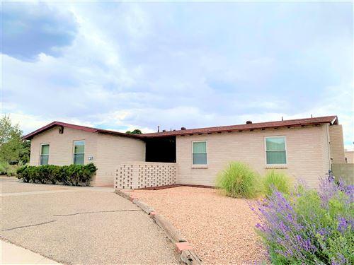 Photo of 729 FOUR HILLS Road SE, Albuquerque, NM 87123 (MLS # 975075)