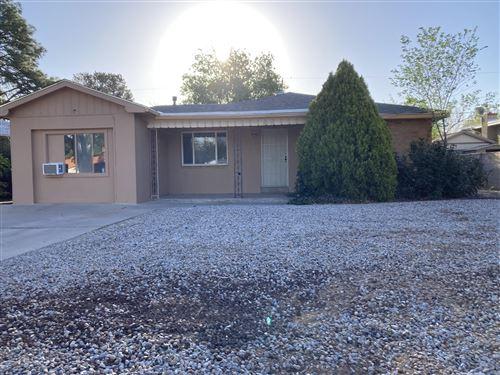 Photo of 808 ADAMS Street NE, Albuquerque, NM 87110 (MLS # 991075)