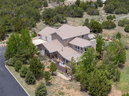 Photo of 31 Western Saddle Drive, Tijeras, NM 87059 (MLS # 944081)