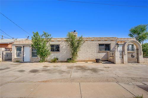Photo of 5101 CRESTVIEW Place SW, Albuquerque, NM 87105 (MLS # 994085)