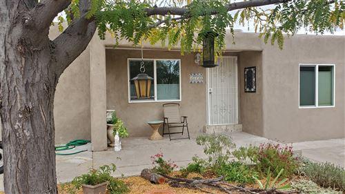 Photo of 1512 HERMOSA Drive SE, Albuquerque, NM 87108 (MLS # 980089)
