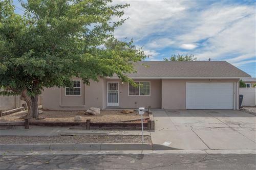 Photo of 1448 LOMA HERMOSA Court NW, Albuquerque, NM 87105 (MLS # 1003091)