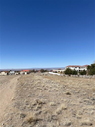 Photo of RANCHITOS Road NE, Albuquerque, NM 87122 (MLS # 987102)
