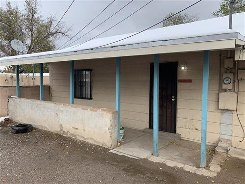 Photo of 204 Ash Street SE #1/2, Albuquerque, NM 87106 (MLS # 980104)