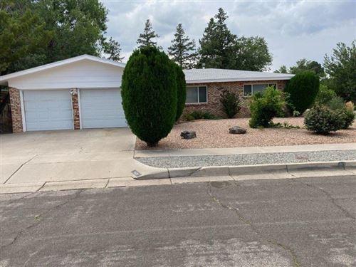 Photo of 1421 Field Drive NE, Albuquerque, NM 87112 (MLS # 997107)