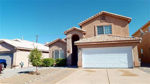 Photo of 640 VIA CANALE SW, Albuquerque, NM 87121 (MLS # 1003109)