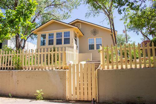 Photo of 1416 GOLD Avenue SE, Albuquerque, NM 87106 (MLS # 970110)