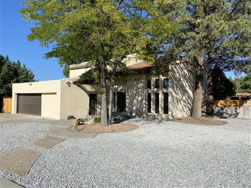 Photo of 9821 Lona Lane NE, Albuquerque, NM 87111 (MLS # 976114)