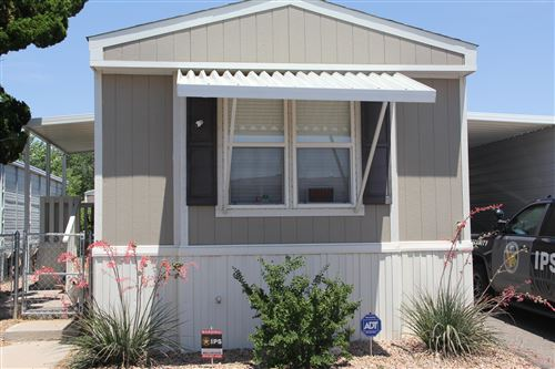 Photo of 1074 Mustang Trail SE, Albuquerque, NM 87123 (MLS # 971116)