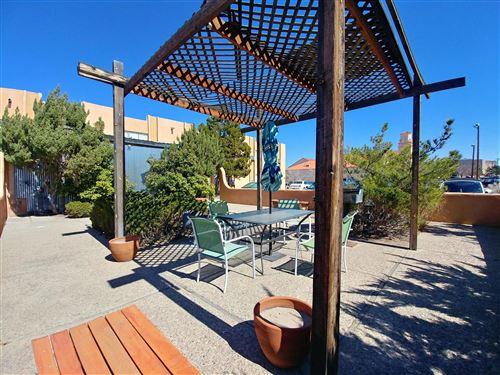 Photo of 1515 Copper Avenue NE, Albuquerque, NM 87106 (MLS # 978118)