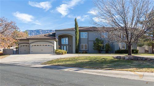 Photo of 10132 Masters Drive NE, Albuquerque, NM 87110 (MLS # 970120)