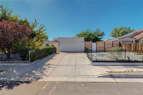 Photo of 10617 Easy Street NW, Albuquerque, NM 87114 (MLS # 1003123)