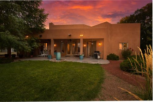 Photo of 344 CLARK Road SW, Albuquerque, NM 87105 (MLS # 972123)