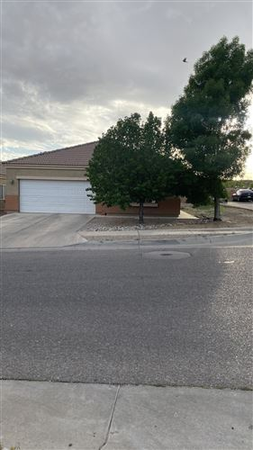 Photo of 2801 PORTO Street SW, Albuquerque, NM 87121 (MLS # 992125)