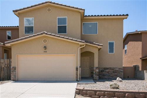 Photo of 13616 Covered Wagon Avenue SE, Albuquerque, NM 87123 (MLS # 993126)